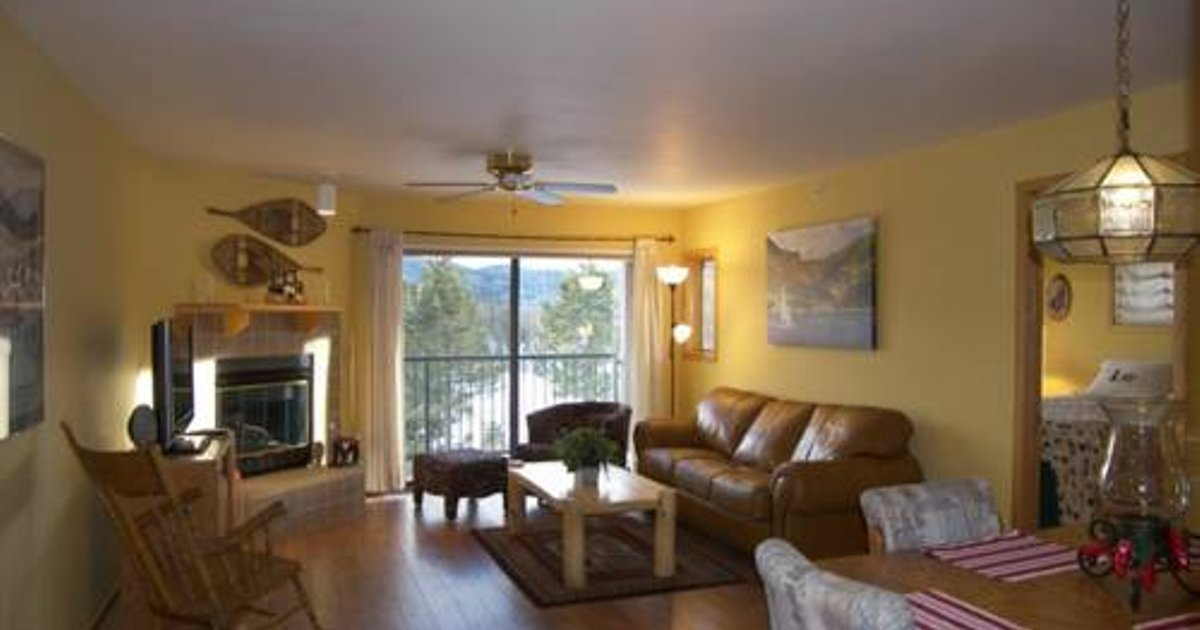 Lake Forest Apartment B