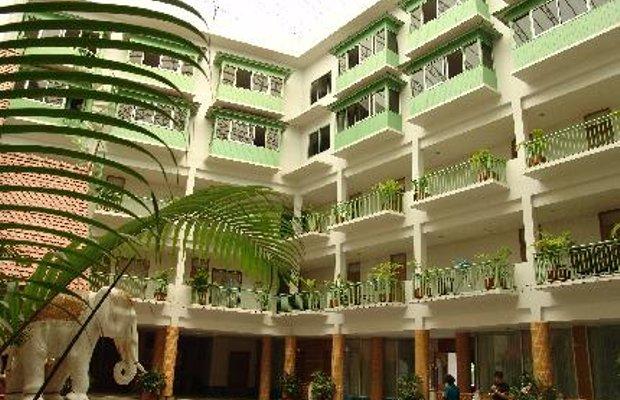 фото Dhevaraj Hotel 5806538