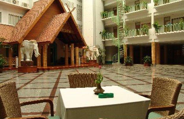 фото Dhevaraj Hotel 5806541