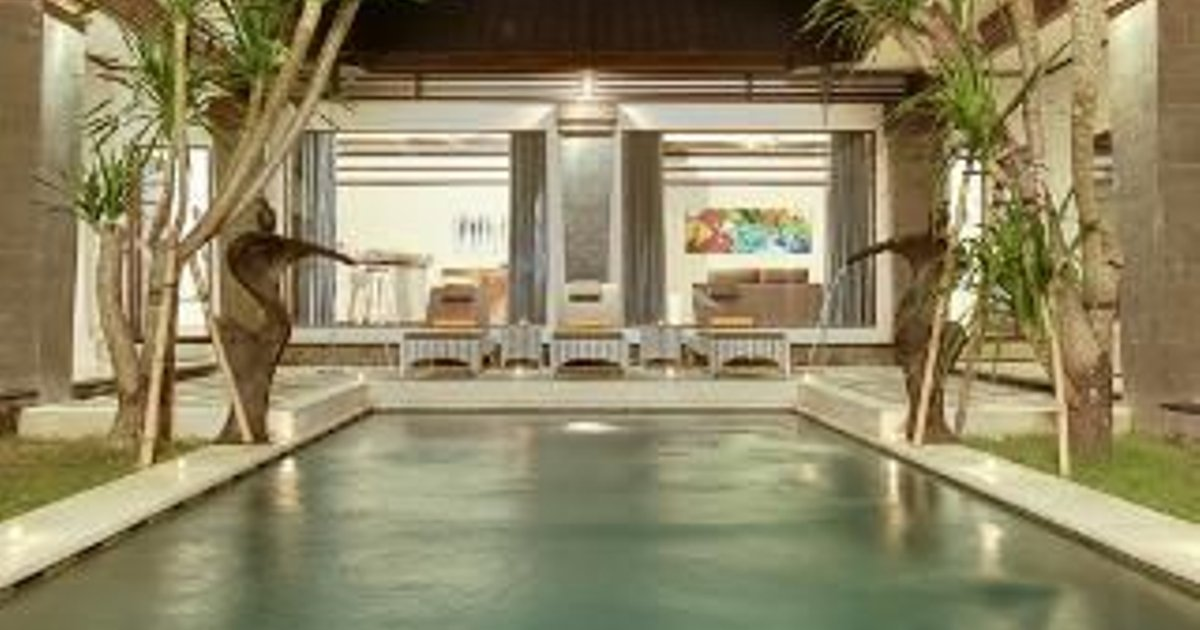 3 Bedroom House in Seminyak with Aircon, Parking, and Pool