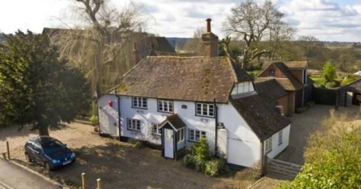 1650's Country Cottage