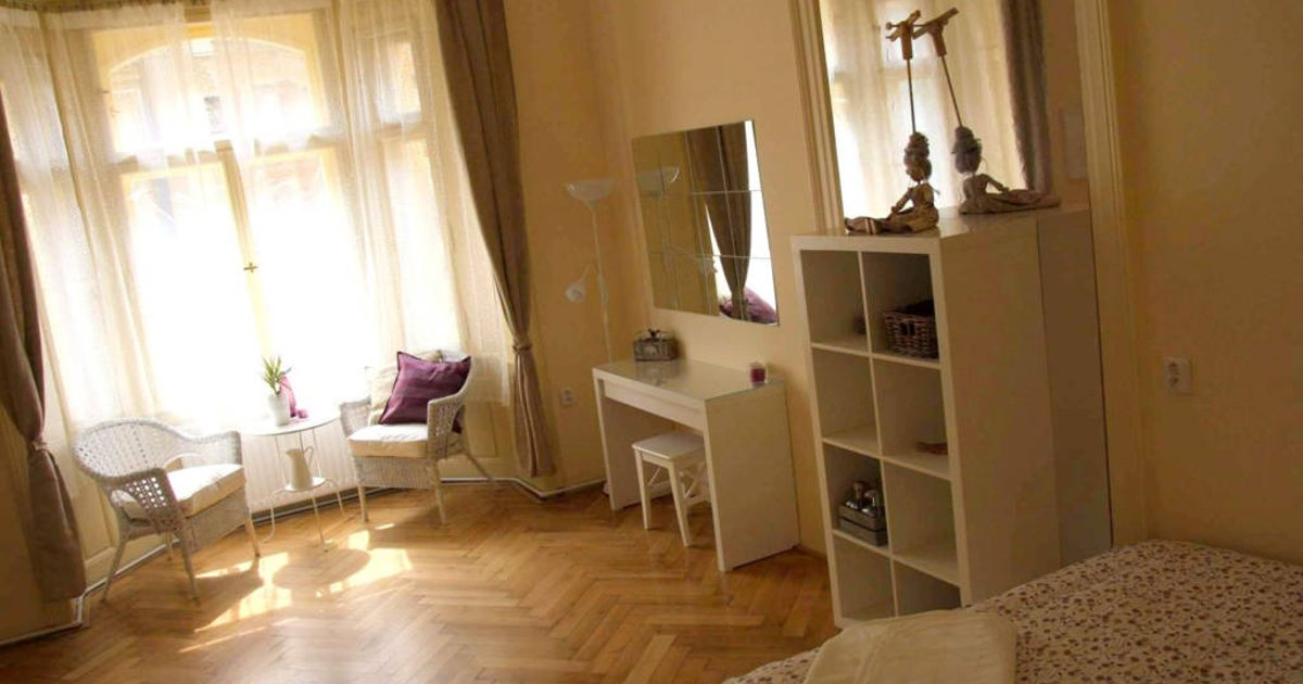 ARTDELUXE: 3Bedrooms : OLD TOWN SQ.