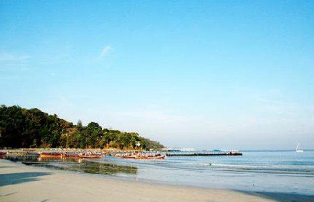 фото White Sand Resotel, Patong 5850224
