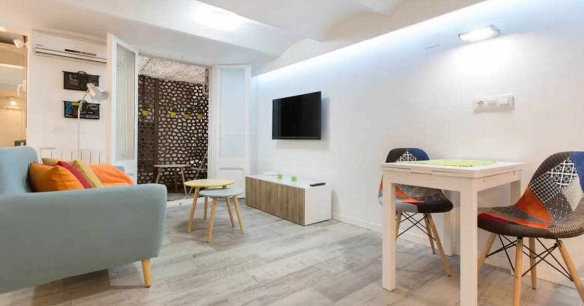 *BRAND NEW APT OLD TOWN BARCELONETA