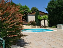 Sarlat-la-Caneda hotels with swimming pool