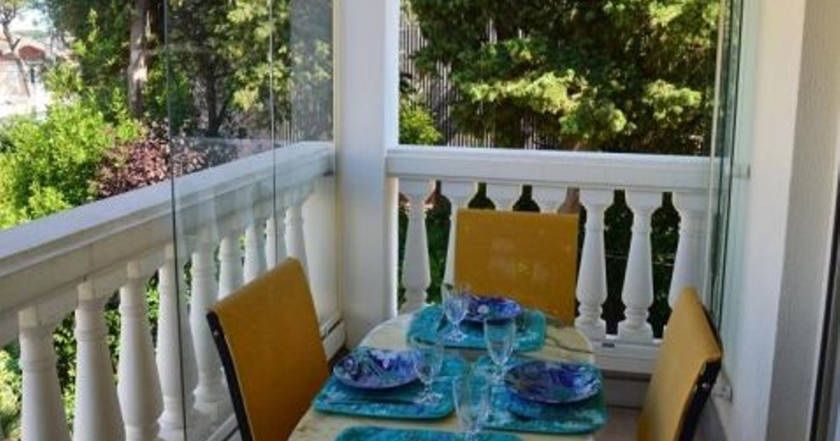 Rental Apartment Villa Florentine - Antibes, 1 Bedroom, 4 Persons