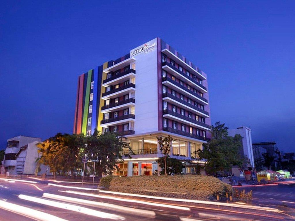 Budget hotel near Tunjungan Plaza