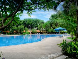Surabaya hotels for families with children