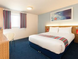 Pets-friendly hotels in Llanelli