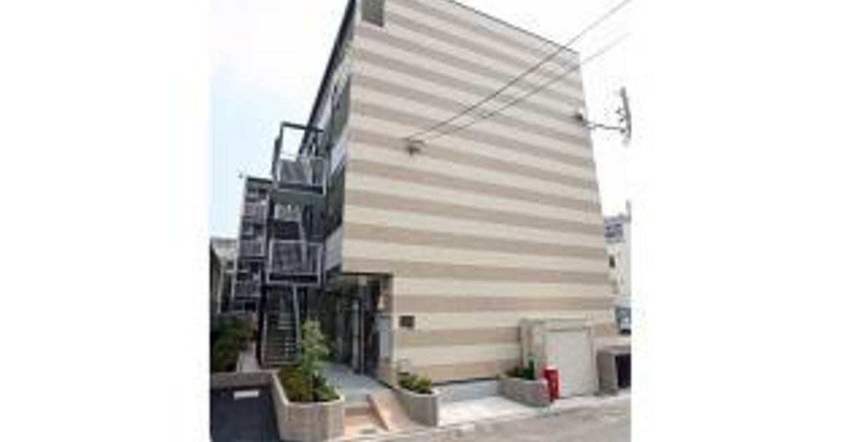 1 Double Bedroom Apartment in Namba
