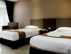 Top-10 hotels in the center of Surabaya
