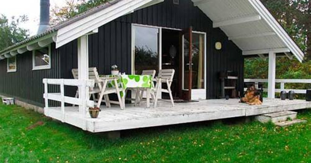 Glesborg Holiday Home 587