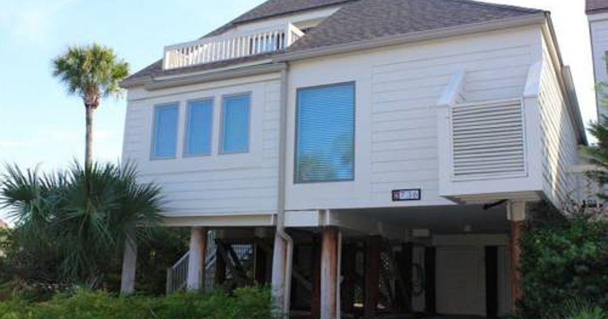 736 Spinnaker Beach House
