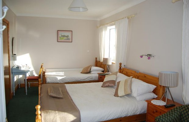 фото Clonmore Lodge - Bed & Breakfast 602960957