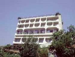 Kavala hotels with swimming pool