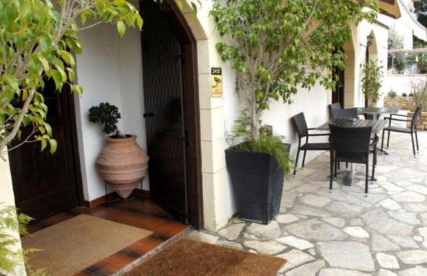 фото Averof Hotel-Nicosia 603167931