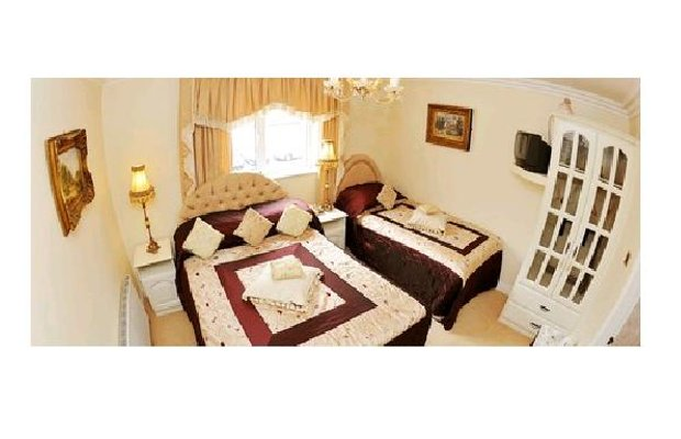 фото The Blarney Stone Guesthouse 603189484