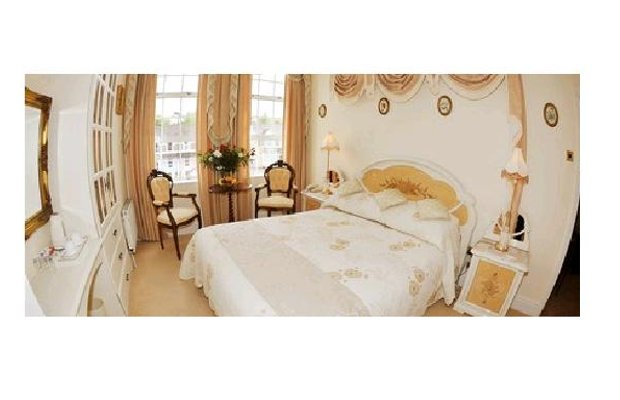 фото The Blarney Stone Guesthouse 603189488