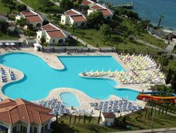 Altinkum hotels with swimming pool