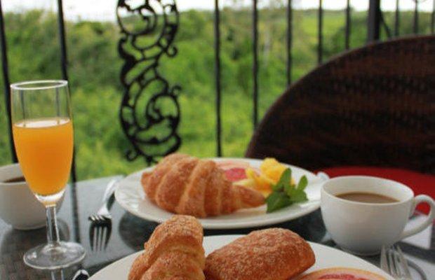 фото La Serenade Bed and Breakfast 603328496