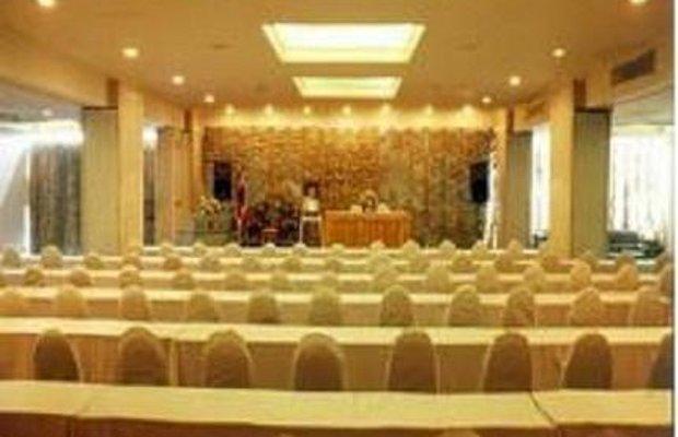 фото Sinthavee Hotel 604996150