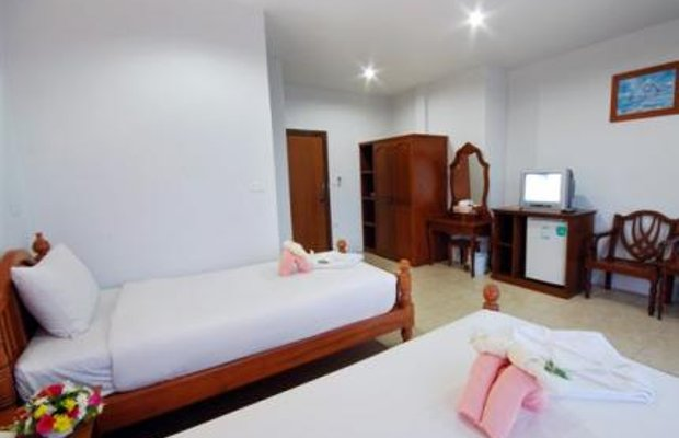 фото Holiday Guesthouse 604999726