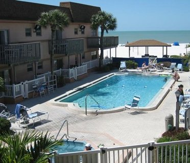 Mariner Beach Club by VRI Resort