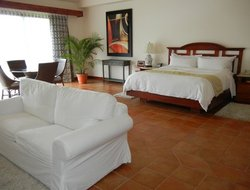 La Fortuna hotels for families with children