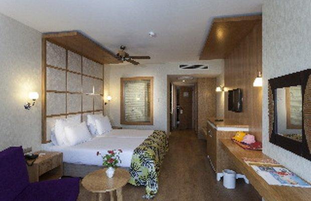 фото Hotel Defnem 615318723