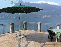 Pets-friendly hotels in Varenna