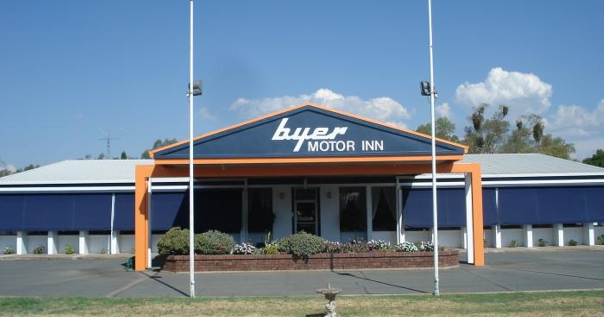 Byer Fountain Motor Inn
