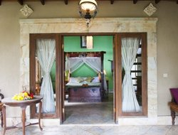 Pets-friendly hotels in Karangasem