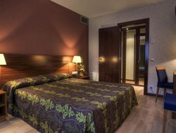Escaldes-Engordany hotels with swimming pool