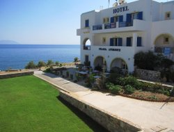Top-5 hotels in the center of Agia Pelagia