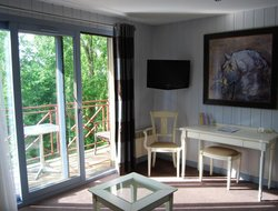 Top-9 romantic Amboise hotels