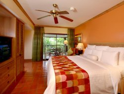 Phuket Island hotels for families with children