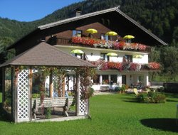 Pets-friendly hotels in Fuschl am See