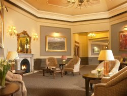 Business hotels in Westport
