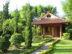Mae Rim hotels with restaurants