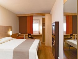 Pets-friendly hotels in Laim