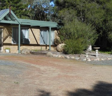 Grampians View Cottages and Units