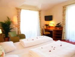 Top-5 hotels in the center of Bergheim