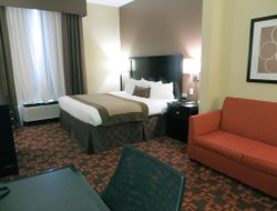 Memphis hotels for families with children