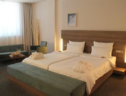 Cologne hotels with restaurants
