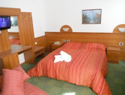 Pets-friendly hotels in Peio