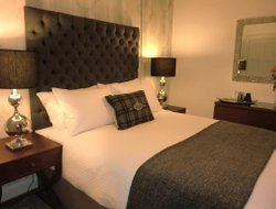 Top-3 romantic Paisley hotels