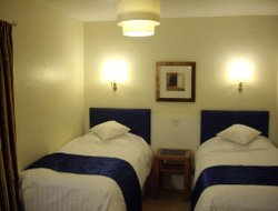 Shanklin hotels with sea view