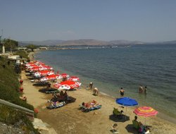 Nea Makri hotels with restaurants