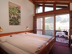 Pets-friendly hotels in Flims Waldhaus