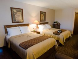 Sioux City hotels with swimming pool